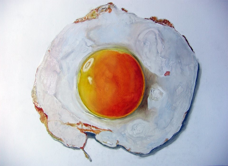 study_of_hyperrealistic_fried_egg_by Dutch Artist Tjalf Sparnaay_1